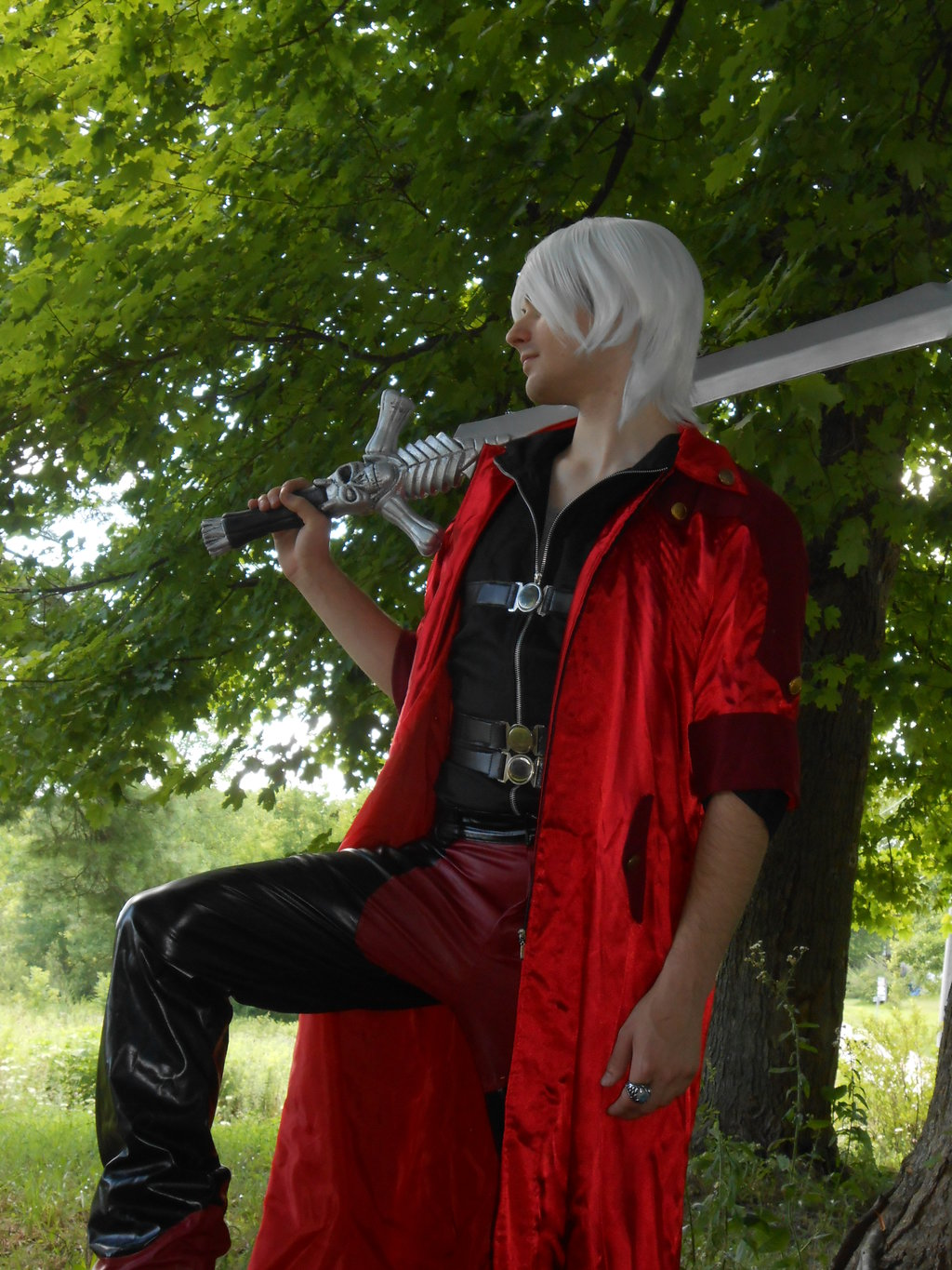 Sultry Dante Devils May Cry Cosplay by DallyDANTE